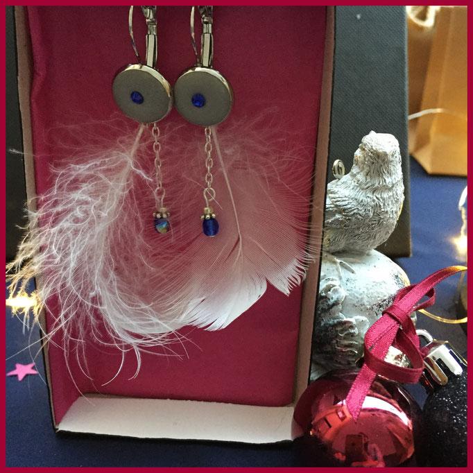 Ohrringe mit Federn von Triulala