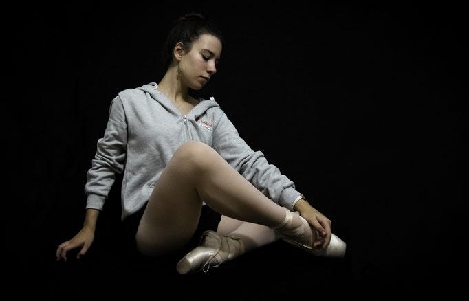 Sonia in the estudio.