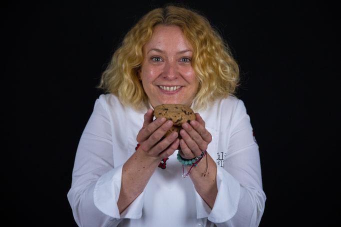Júlia from Wonder Cookies.