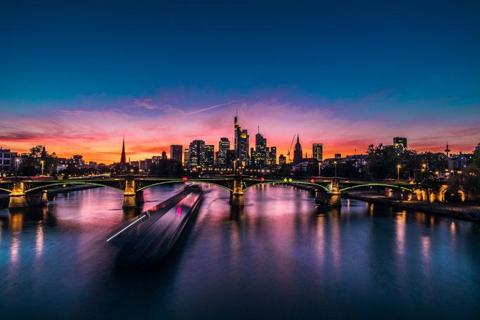 Fotos von Stadtlandschaften Städten und Ländern lizenzfrei, kostenlos und unverbindlich herunterladen