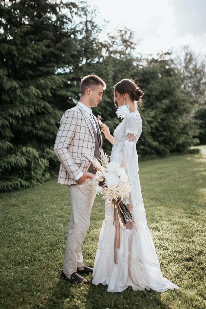 Boho Hochzeit Brautpaar Fotoshooting in Frankfurt und Deutschlandweit