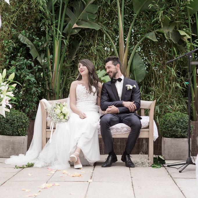 Professionelle Fotos und Hochzeitsfilme zeitlos und modern