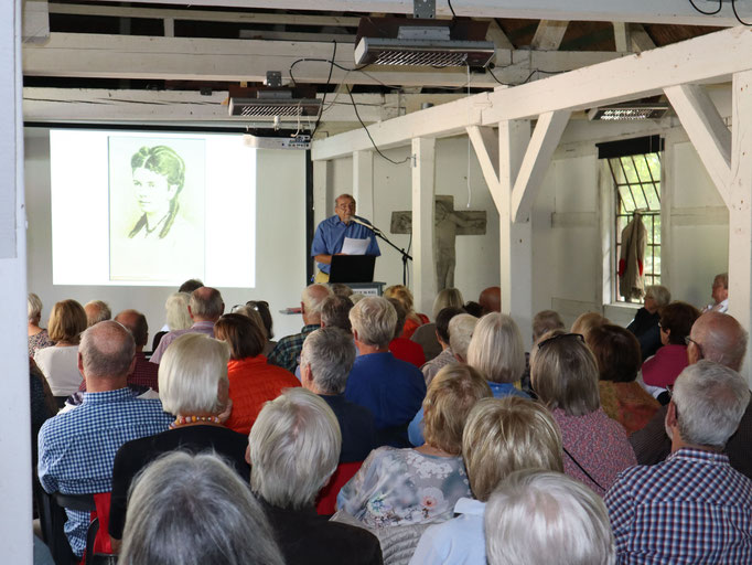 Jenisch-Vortrag Haus Forsteck Seekamp 18.08.18  Foto: Martin Mokrus