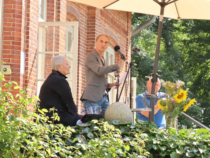 Niebuhr-Vernissage 09.08.20  Foto: Jens Jacobus