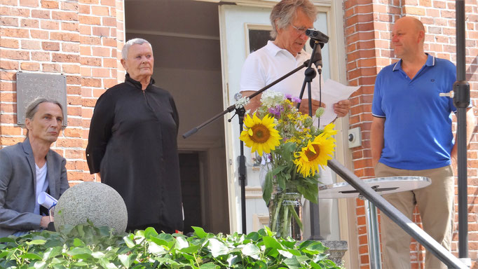 Niebuhr-Vernissage 09.08.20  Foto: Rolf Johanning