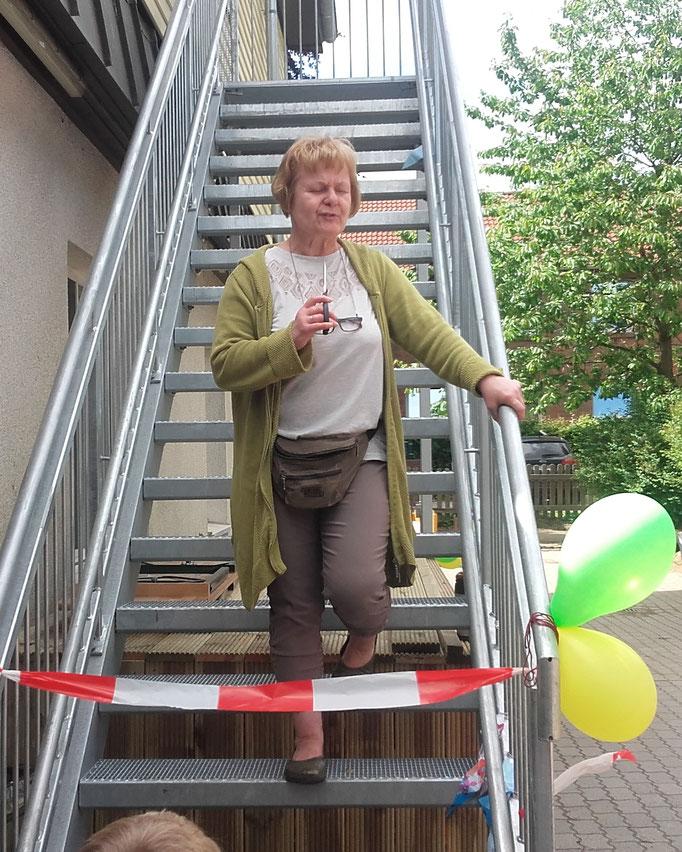 Erika Kapeller freut sich über die interne Einweihung der Räume, wenn auch noch Arbeiten zu tun sind