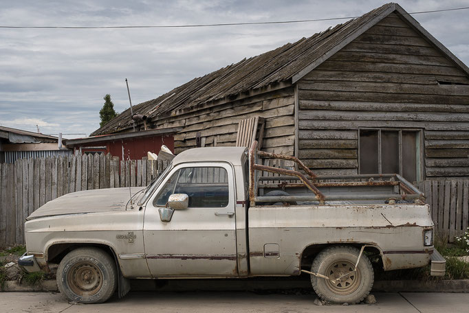 Old car in Puerto Natales