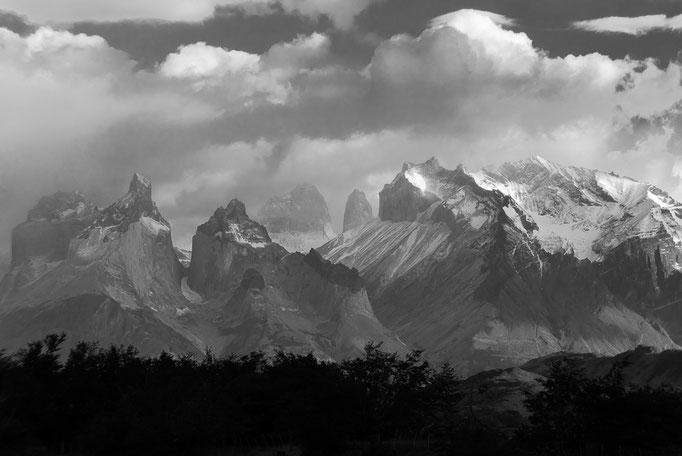 Torres del Cuernos, Torres del Paine National Park