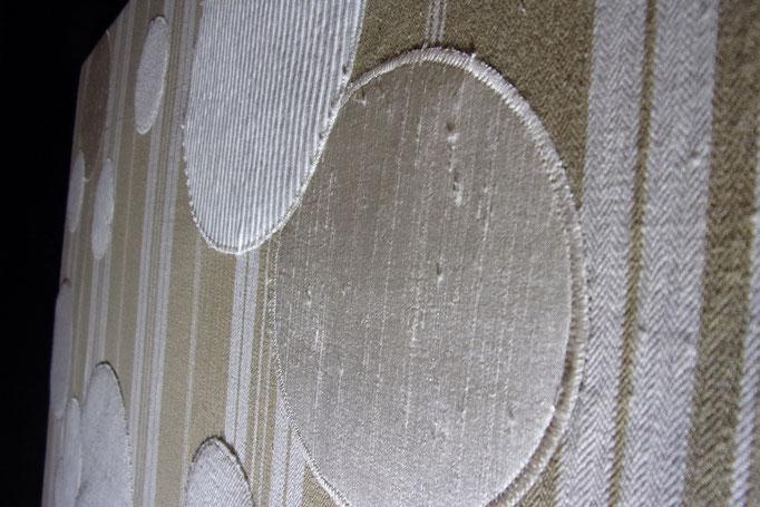 Réf : TI201906 - Tissus  de récupération dans les tons blancs - 77 cm X 79 cm