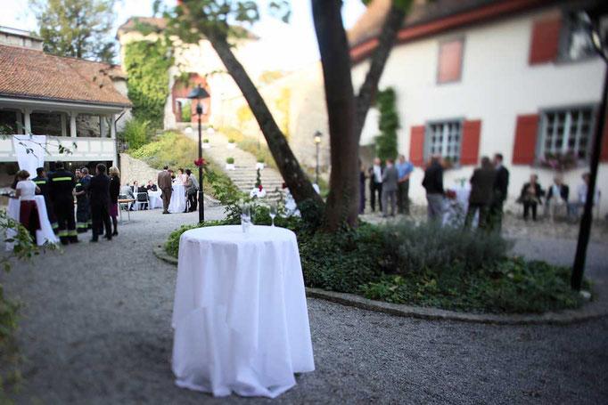 Apéro im Schlosshof