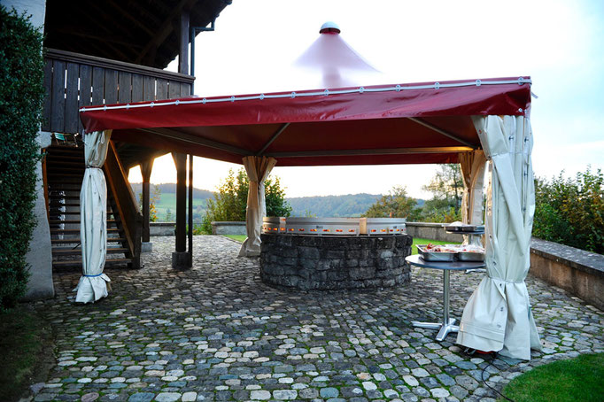 Luternau-Stube mit Schloss-Grill