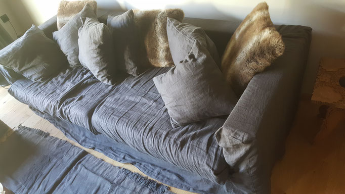 3er Sofa mit Husse