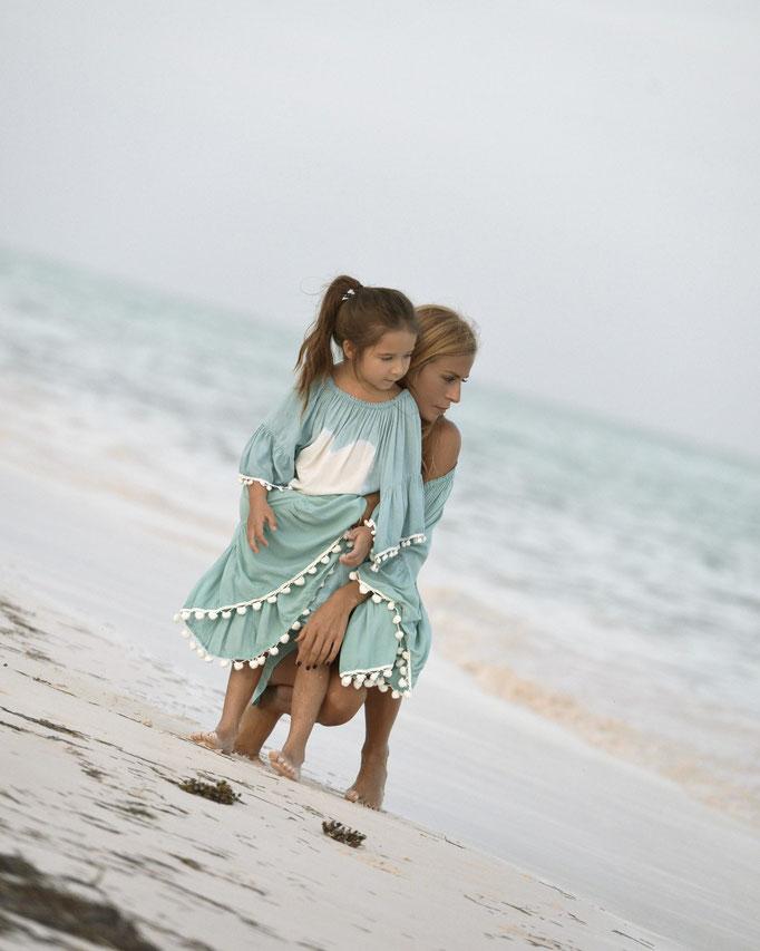 mele beach Dress Atic Heart Kids türkis, Gr 8 49€