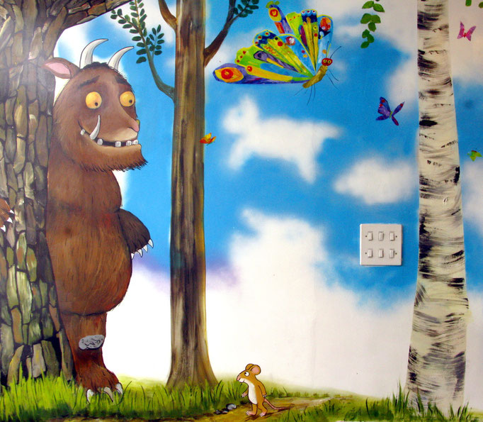 Gruffalo school mural