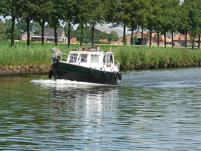 Bötchen auf dem Kanal