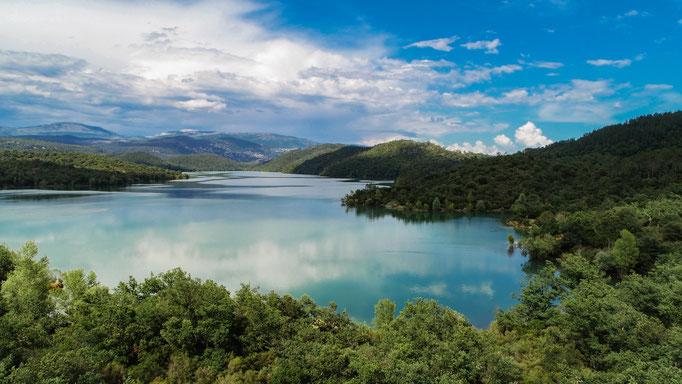 Lac de Saint-Cassien (Var)   Crédit : Thomas AUDIBERT & Benoit PEREZ