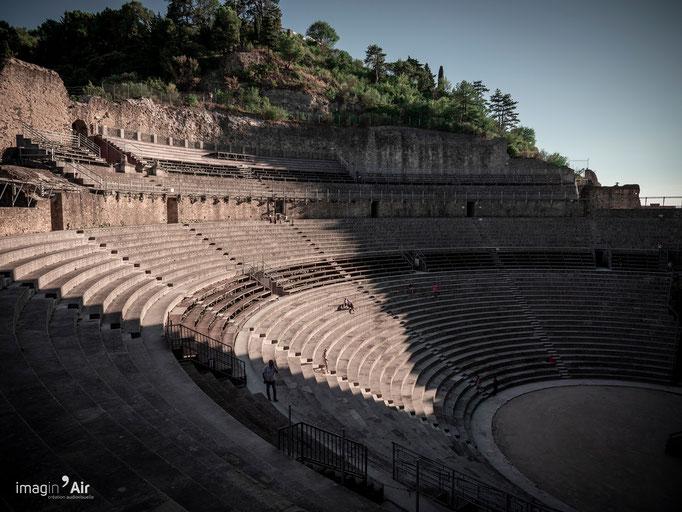 Gradins du théâtre antique d'Orange - 20/08/2020   Crédit : Benoit PEREZ
