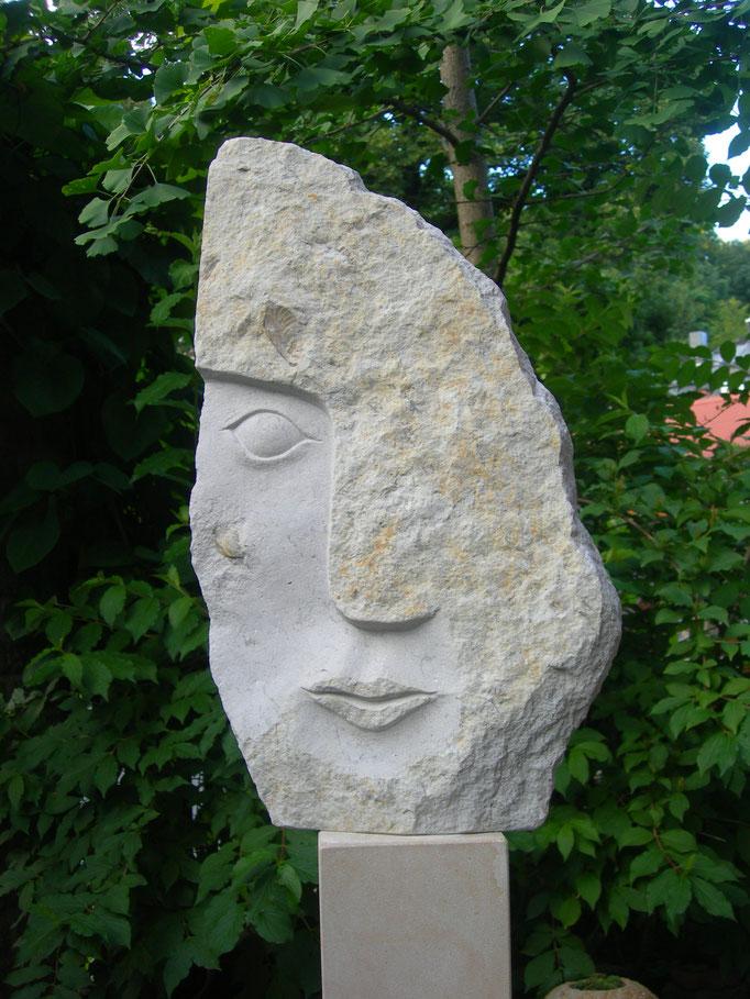 Halbes Gesicht III – Muschelfrau 2016 Cottaer Sandstein