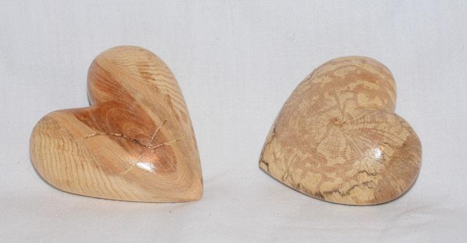 Holzherzen 2 - 6-9cm - erstickte Buche und Tanne