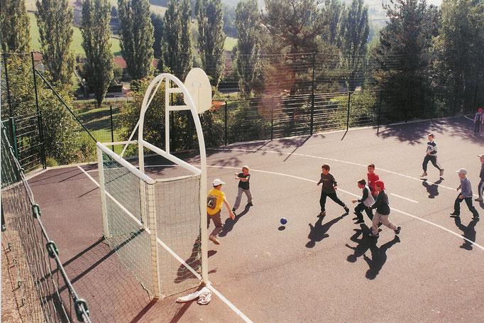 Terrain de handball, stage jeunes, Saugues, Haute-Loire