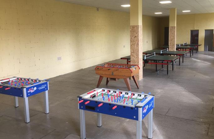 salle de jeux, ping-pong, baby-foot, Centre La Margeride, Saugues, Auvergne