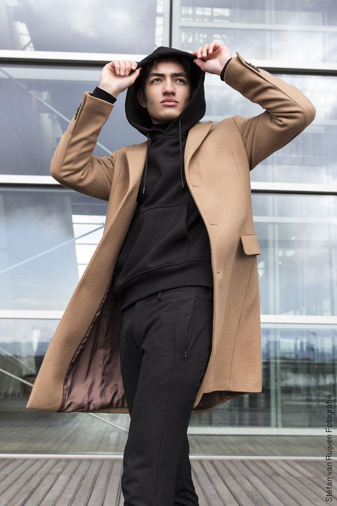 Ian de Rooij, Mannelijk model, malemodel, model fotografie, malemodel photography, portfolio, mannenportfolio, portfolio laten maken, model worden, model worden man, fotograaf Amsterdam, Portret fotograaf, Portfolio fotograaf, modellenbureau