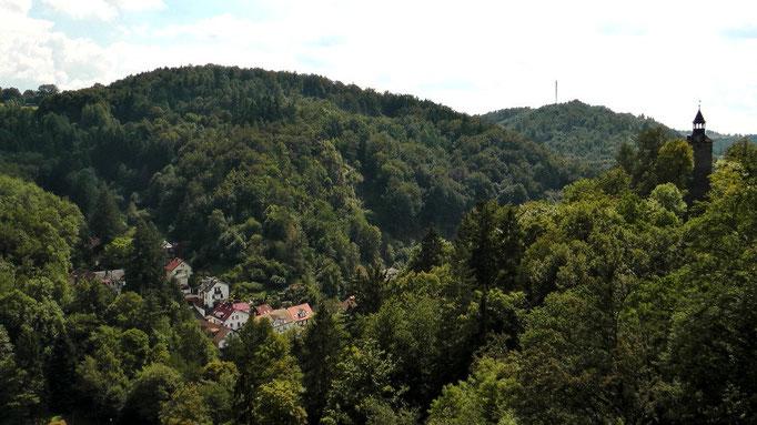 Blick von der Burgruine Marienkapelle auf Bad Berneck