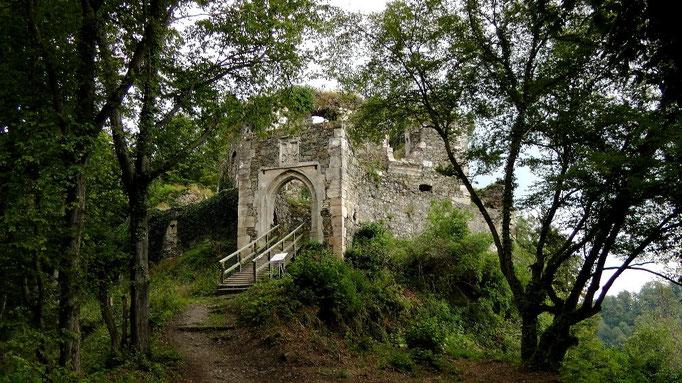 Burgruine Hohenberneck Eingang