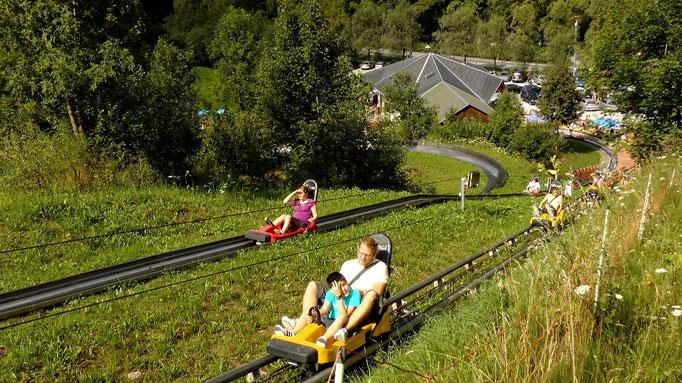 2 Bahnen nebeneinander - Sommerrodelbahnen Pottenstein