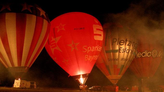 © Copyright by Olaf Timm Am Freitag um 22:40 Uhr beginnt das Ballonglühen in Hummeltal