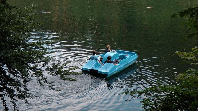 Schöngrundsee mit Bootsverleih