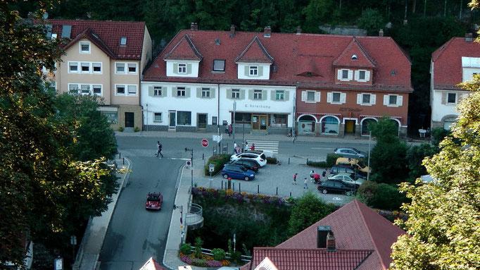 Blick vom Kriegerdenkmal runter auf Bad Berneck