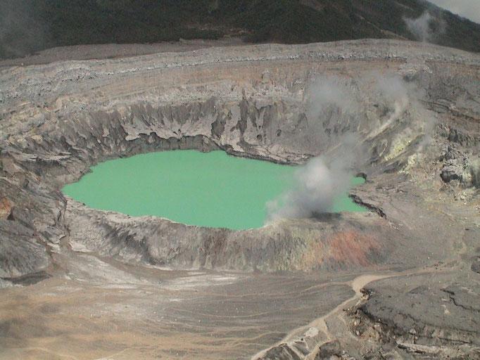 Kratersee des Poas Vulkanes