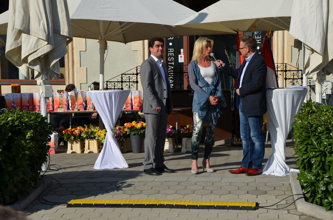 ... kurzes Interview mit Bürgermeister Gepp und  Sportstadträtin Fuchs-Moser