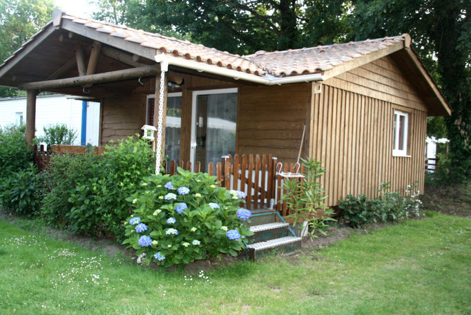 mobil home avec terrasse camping les pres verts 40