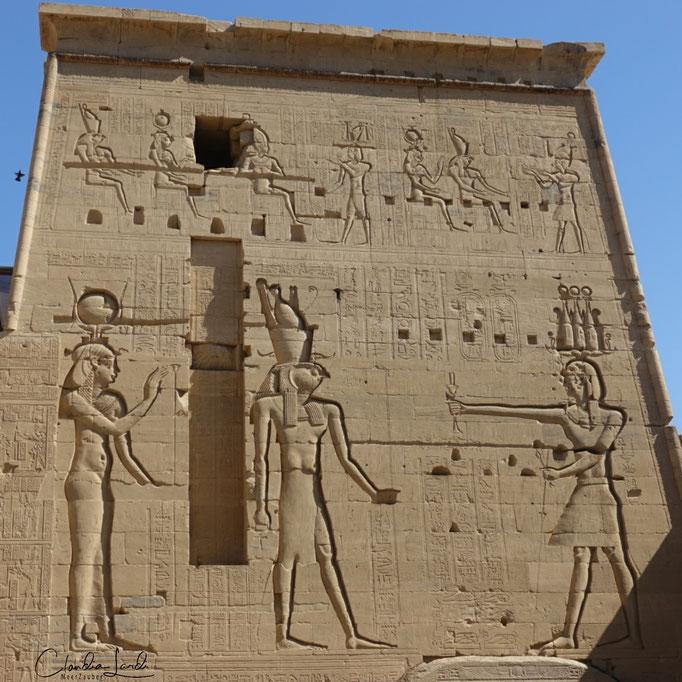 Imposant, Philae Tempel