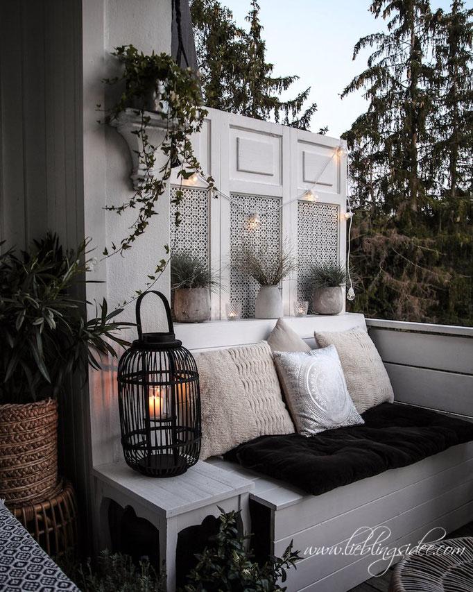 Gemütliche Dekoration für den Balkon