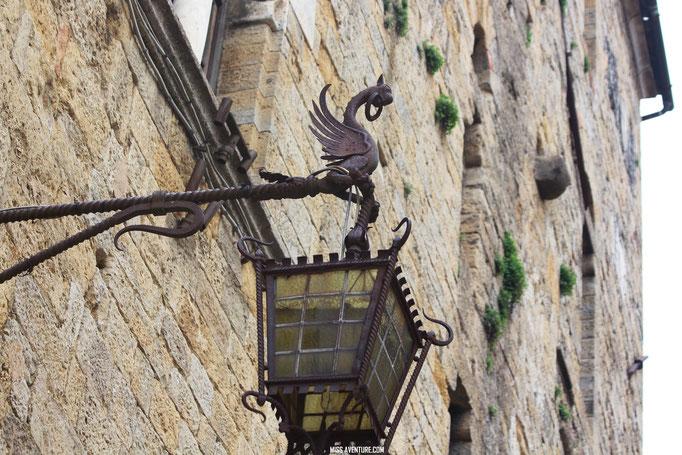 Voltera, village medieval de Toscane.