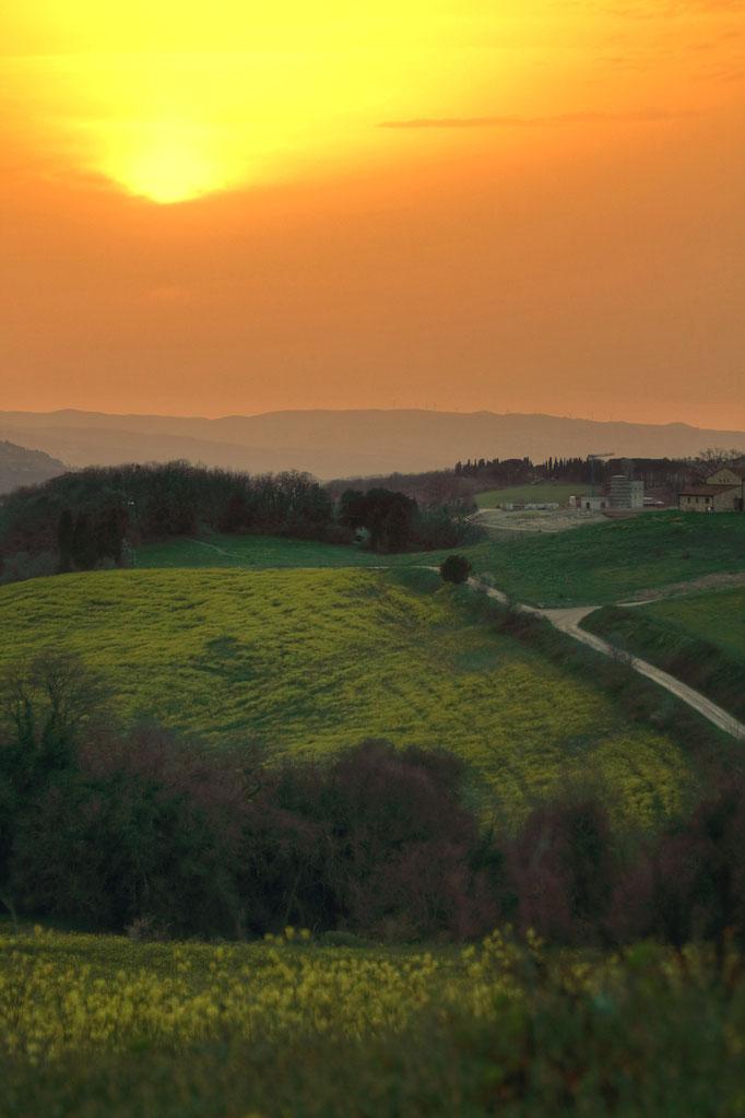 Coucher de soleil en Toscane.