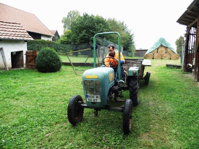 unser Senior-Traktor in Action