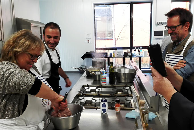 Tapas Locas à la Cité du Goût et des Saveurs, à Quimper, le 20 décembre, pour un atelier culinaire sur la cuisine typique et traditionnelle espagnole : le poulpe à la galicienne.