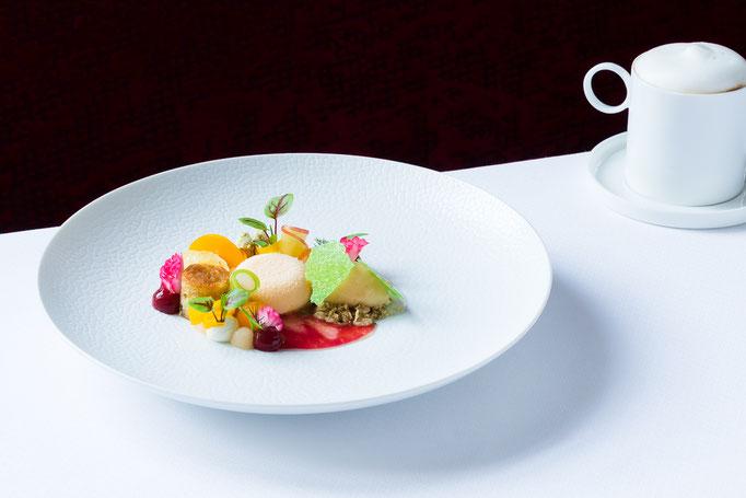 dish by Tohru Nakamura - Geisels Werneckhof Munich - pic taken for Der Feinschmecker Magazin