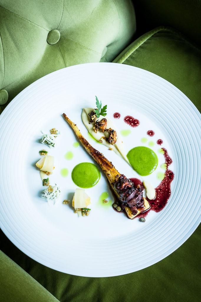 """Petersilienwurzel"", a dish by Thomas Kellermann, chef at Restaurant Dichterstub'n - pic taken for Der Feinschmecker"