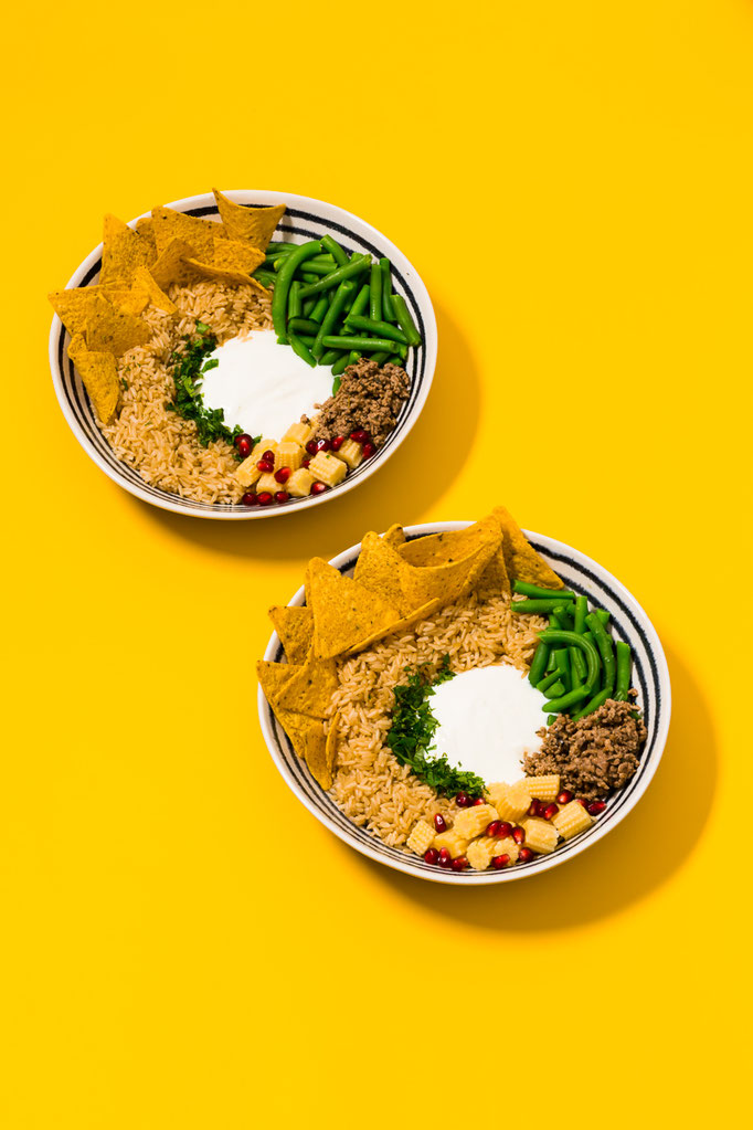 """TexMex Bowl - pic taken for Gräfe und Unzer """"The Big Bowling"""" cookbook - foodstyling: Ana Novais / propstyling & concept: Justyna Dembowksi"""