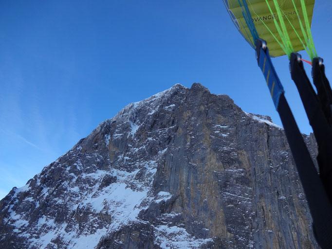 mountaineer+fly: Vor den Eiger-Nordwand