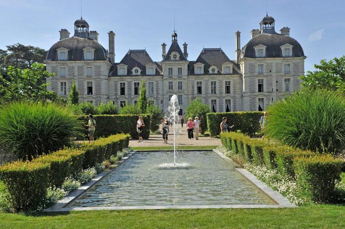 Le Champ du Pré - Chambre d'hôtes Sologne Val de Loire - A visiter près de chez nous : le château de Cheverny