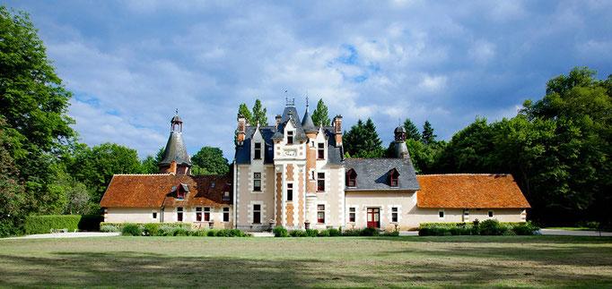 Le Champ du Pré - Chambre d'hôtes Sologne Val de Loire - A visiter près de chez nous : le château de Troussay