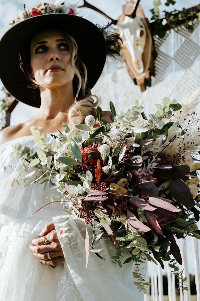 Hochzeitsfotograf schweiz st.gallen thurgau toggenburg zürich lichtenstein ostschweiz Hochzeit Fotograf Berghochzeit Hochzeitsreportage Boho Vintage genuin fotografie heiraten bohohochzeit bohemian zuckerpuppe von mir zu dir