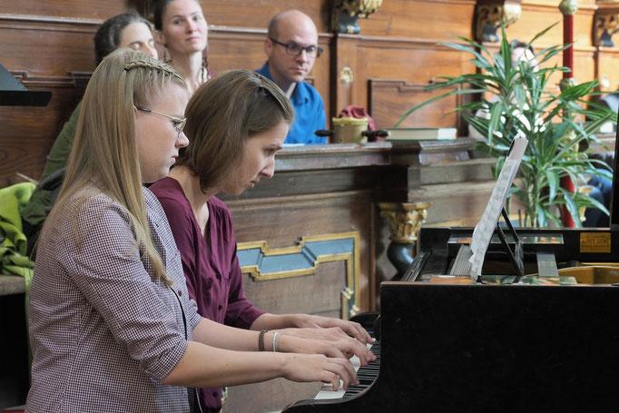 Eröffnungs-Matinee - NINA und LISA SINGER
