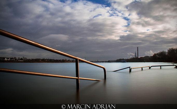 Marcin Adrian, www.marcinadrian.de, Rheinpromenade, Rheinufer, Wesseling Marcin Adrian - www.marcinadrian.de - Rheinpromenade - Rheinufer - Wesseling Marcin Adrian www.marcinadrian.de Rheinpromenade Rheinufer Wesseling